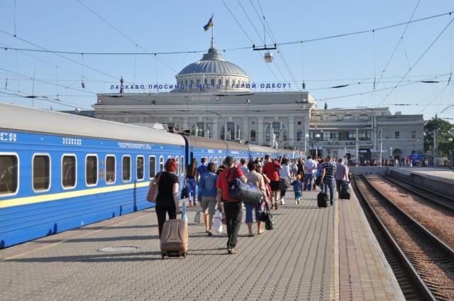 Ankunft des Nachtzugs aus Kiev in Odessa