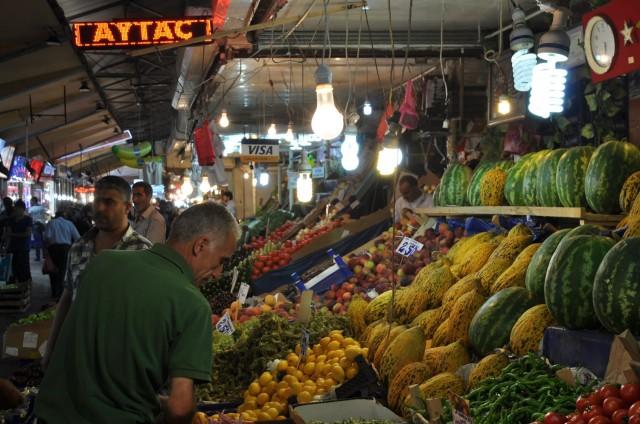 Der Basar in Ankara wirkt beschaulich im Vergleich zu dem in Istanbul