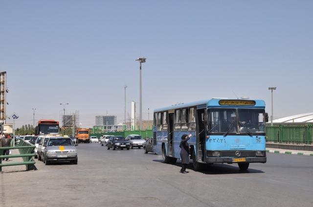 Busse halten auch ohne Haltestellenstele