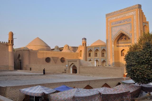 Orient und Abendrot in Khiva